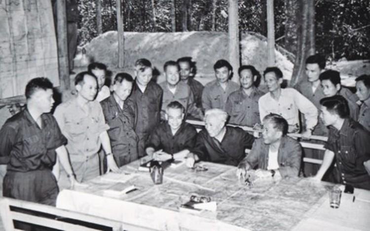 Kỷ Niệm 41 Năm Ngay Giải Phong Miền Nam Thống Nhất đất Nước 30 4 1975 30 4 2016 đảng Bộ Cơ Sở Tin Tức đảng Bộ